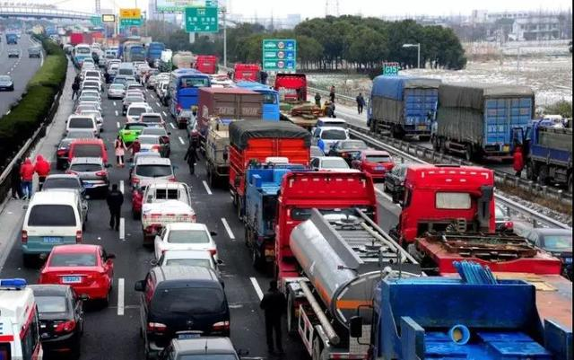 对话新能源|开新能源汽车回家过年要注意哪些问题?