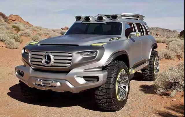 (大科技)奔驰出新款汽车,加水就可以跑,1箱水能跑800公里!
