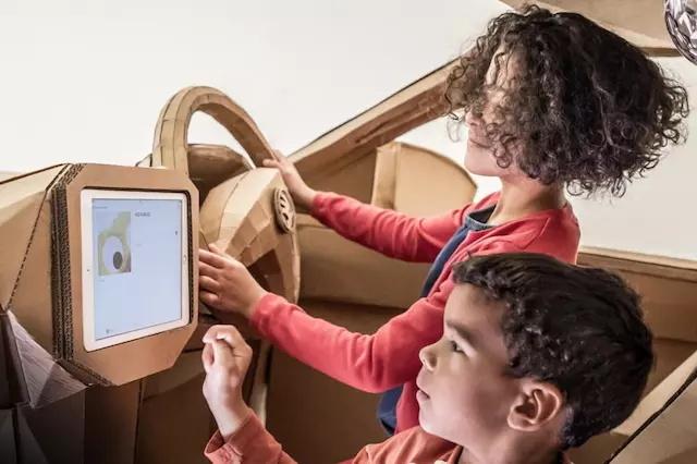 """【神设计】""""世界上最适合孩子的 SUV"""",纸板做的"""