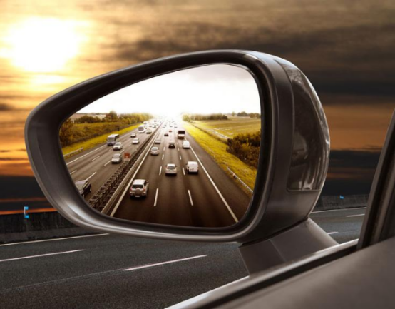 小技巧|几招教你如何避免汽车右侧盲区